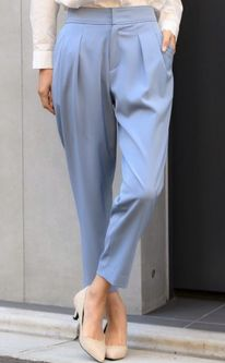 絶対零度1 本田翼衣装のブルーのパンツ